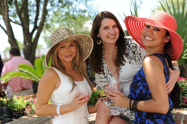 Beach vacationers enjoying the Sandestin Wine Festival