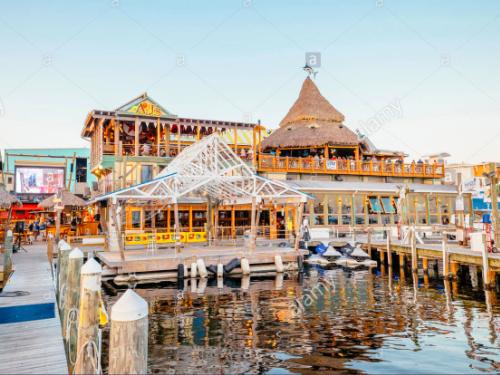 AJ's Seafood and Oyster Bar on Destin Harbor