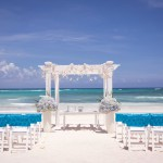 Beach Wedding Cost: Keep Your Budget on Track