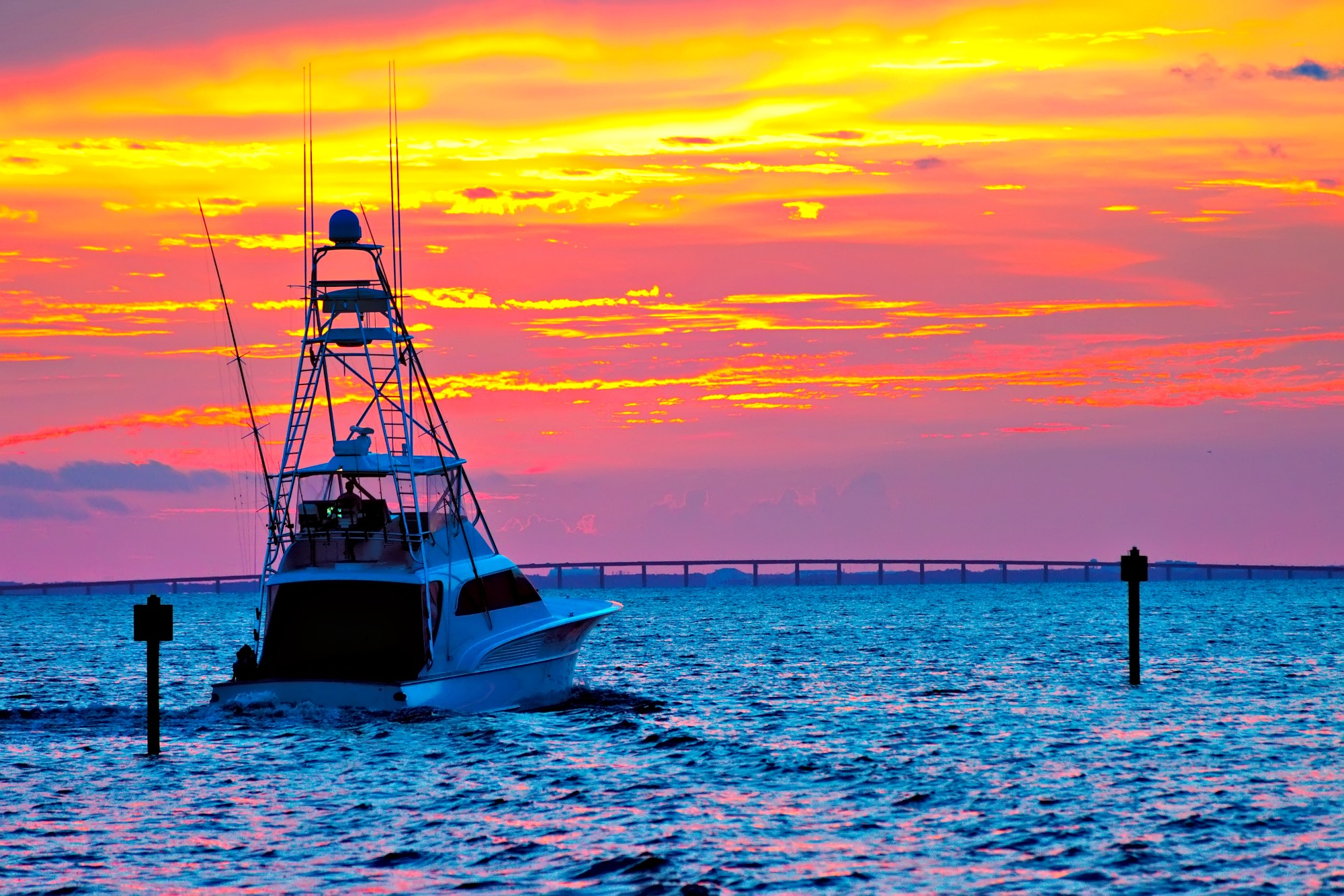 Fishing boat at sunset for Gulf Coast fishing blog
