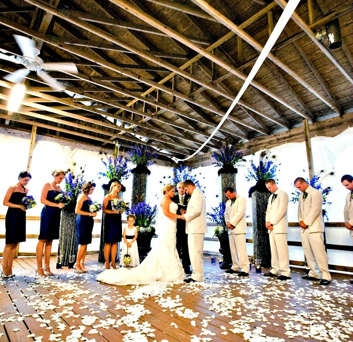 Boardwalk Beach Resort wedding party in the pavilion, one of four venues.
