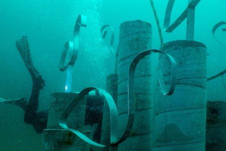 Diving the sunken sculpture at The Underwater Museum of Art